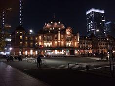 東京駅の夜の顔