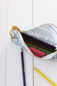 DIY Pencil Pouch sewing tutorial | alice & lois