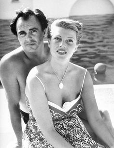 Rita Hayworth and Prince Ali Khan (Candid photo) Hooray For Hollywood, Golden Age Of Hollywood, Classic Hollywood, Old Hollywood, Hollywood Couples, Hollywood Stars, Rita Hayworth, Hollywood Actresses, Actors & Actresses