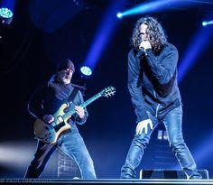 Heute ist ein sehr trauriger Tag. Die Musikwelt befindet sich in einer Schockstarre. Chris Cornell ist tot. Er starb Mittwochnacht in Detroit.