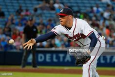 News Photo : Freddie Freeman of the Atlanta Braves makes a...