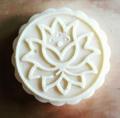 Lavender and Ylang Ylang Conditioner Bar - nourishing for all hair types. Essential Oils For Add, Bar Gifts, Theobroma Cacao, Olive Fruit, Flower Oil, Plastic Bottle, Sweet Almond Oil, Free Travel