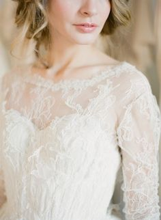 Photo courtesy of KT Merry - Samuelle Couture Anabella gown