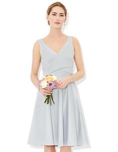 For perfect party dresses, elegant eveningwear and stylish occasion pieces, explore our new range. Let our women's and children's collections inspire you. Bridesmaid Outfit, Bridesmaid Bouquet, Bridesmaids, Silver Dress, Groom Dress, Free Clothes, Summer Dresses, Formal Dresses, Wedding Inspiration