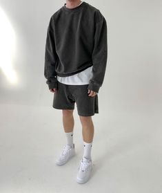 Retro Outfits, Vintage Outfits, Cool Outfits, Casual Outfits, Fashion Outfits, Mode Masculine, Mode Streetwear, Streetwear Fashion, Minimalist Outfit
