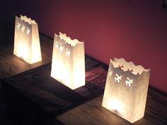 Nuestros farolillos de papel para crear ambiente en casa esta Navidad.