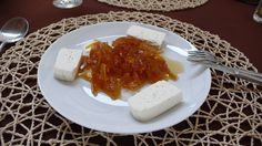Goats cheese and papaya jam, typical breakfast of Cape Verde, served with bread. #TeamCapeVerdean #TeamFunana