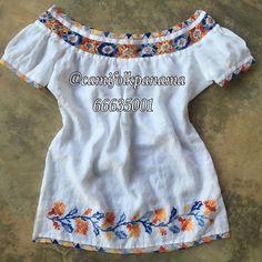 Armada a mano. Hermosa #camisola tonos naranja y azul con mundillo pepiado, encajes;  labor en técnica marcado ( punto de cruz )