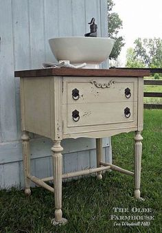Do you love the idea of decorating your cabin with repurposed items? The Olde Farmhouse on Windmill Hill: Powder Room Vanity {Repurposed Sewing Cabinet} Repurposed Furniture, Painted Furniture, Repurposed Items, Furniture Makeover, Diy Furniture, Antique Furniture, Buffet Antique, Powder Room Vanity, Powder Rooms