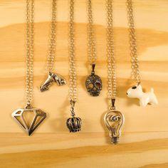 Colar de Diamante, Gramofone, Coroa, Caveira, Lâmpada, Bull Terrier e muitos outros na www.lacosdefilo.com #necklace #diamond #fashion #skull