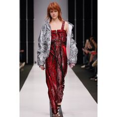 Sorry, I'm not  #VogueRussia #readytowear #rtw #springsummer2017 #SorryImnot #VogueCollections
