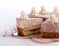 Rhabarbertorte - Rezeptdatenbank - Swissmilk Cake Recipes, Dessert Recipes, Desserts, Krispie Treats, Cake Cookies, Vanilla Cake, Cheesecake, Sweet, Food