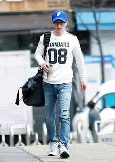 - on the way to HT cr Jae Seok, Yoo Jae Suk, Korean Variety Shows, Korean Shows, Korean Actors, Running Man Members, Infinity Challenge, Running Man Korean, Funny Wallpapers