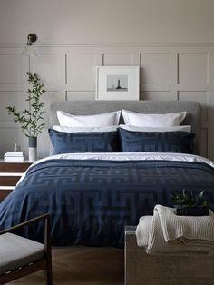 Top 11 Blue Living Room Designs by Best Interior Designers Blue Master Bedroom, Blue Bedroom Decor, Bedding Master Bedroom, Bedroom Colors, Home Bedroom, Bedroom Wall, Navy Blue Decor, Blue Gray Bedroom, Duvet Bedding