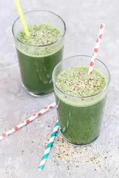 Smoothies For Kids, Healthy Green Smoothies, Raspberry Smoothie, Apple Smoothies, Green Smoothie Recipes, Healthy Fruits, Detox Breakfast, Breakfast Smoothies, Morning Smoothies