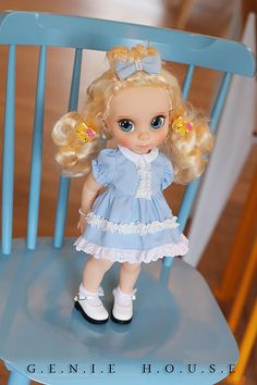 Disney Animators Repaint baby doll Cinderella   Flickr - Photo Sharing! Little Disney Princess, Disney Princess Dolls, Cute Princess, Doll Face Paint, Doll Painting, Disney Baby Dolls, Baby Disney, Disney Animators Collection Dolls, Disney Animator Doll