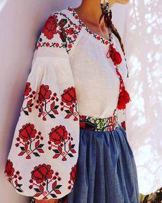 Vita Kin style white red Vyshyvanka Blouse linen embroidery. XS-XXL