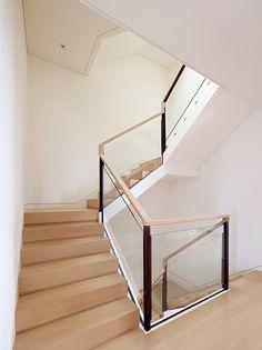 Larkin Street Residence by John Maniscalco Architecture