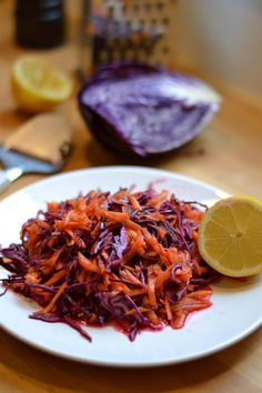 tai Carrot Salad, Red Cabbage, Greens Recipe, Carrots, Bbq, Recipies, Food And Drink, Cooking Recipes, Baking