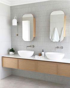 Home Interior Wood Super slim shaker cabinet.Home Interior Wood Super slim shaker cabinet Bathroom Renos, Bathroom Faucets, Small Bathroom, Master Bathroom, Washroom, Bathroom Remodeling, Bathroom Wall, Bathroom Lighting, Minimal Bathroom