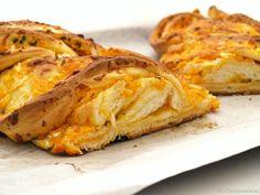 Trenza de queso cheddar y cebolleta - MisThermorecetas