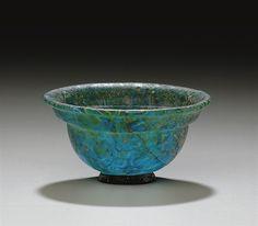A ROMAN MOSAIC GLASS PATELLA CIRCA 1ST CENTURY B.C.-1ST CENTURY A.D.