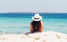 Don't let a fun day at the beach set you back in your healthy hair journey. Check out these 4 tips that can help you prepare and protect your hair while at the beach