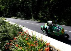 McGuinness makes winning return to Isle of Man TT Course