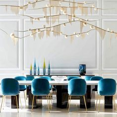 Take a look to some inspiring and luxury dining room lighting ideas. Dining Room Inspiration, Interior Design Inspiration, Decor Interior Design, Design Ideas, Furniture Inspiration, Luxury Dining Room, Dining Room Lighting, House Lighting, Dining Room Colors