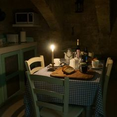 Dinner by candlelight in Valletta G-House.