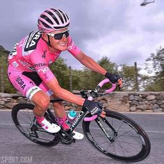 Most men wouldn't like to be dressed in pink,but this guy enjoyed it all the way Lukas Pöstlberger Giro100 @tdwsport