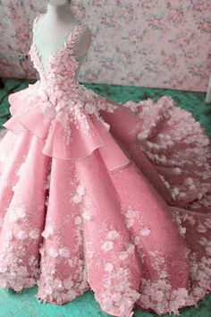 Luxurious Floral Lace Beaded Sweep Train Ball Gown Wedding Dresses 2018 - Item:Ball Gowns Wedding Dresses Occasion:Wedding,Formal Process to 15 days Shipment:Send vi - Ball Gowns Prom, Ball Gown Dresses, 15 Dresses, Pretty Dresses, Fashion Dresses, Flower Girl Dresses, Event Dresses, Beaded Dresses, Pageant Dresses