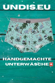 UNDIS www.undis.eu Die handgemachte Unterwäsche im Partnerlook für die ganze Familie. Lustige Motive und flippige Farben für Groß und Klein! #undis #bunte #Kinderboxershorts #Lustigeboxershorts #boxershorts #Frauenunterwäsche #Männerboxershorts #Männerunterwäsche #Herrenboxershorts #kinder #bunteboxershorts #Unterwäsche #handgemacht #verschenken #familie #Partnerlook #mensfashion #lustige #weihnachtsgeschenk #geschenksidee #eltern #vatertagsgeschenk Boho Shorts, Casual Shorts, Slip On, Swimwear, Fashion, Self, Underwear, Funny Underwear, Men's Boxer Briefs
