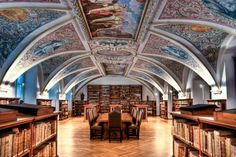 Bibliothek des Karmelitenkloster Straubing (Straubing, Germany)