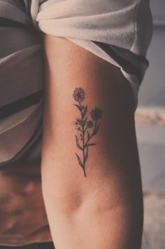 77 Small Meaningful Tattoos For Women Tattoosforwomen &; 77 Small Meaningful Tattoos For Women Tattoosforwomen &; Jane Grein Groth trendy 77 Small […] tattoo for women 16 Tattoo, Tatoo Henna, Tattoo Shirts, Shape Tattoo, Tatoo Art, Wild Tattoo, Tattoo Ink, Tattoo Flash, Tattoo Drawings