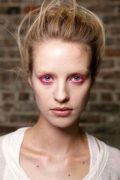 Tendencia Primavera 2013 maquillaje make up  sombras color - Donna Karan