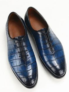 Crocodile Texture Leather Handmade Men,s Leather Shoes,Formal Blue Men Shoes Hot Shoes, Men S Shoes, Leather Skin, Leather Shoes, Mens Fashion Shoes, Men's Fashion, Luxury Shoes, Shoe Game, Crocodile