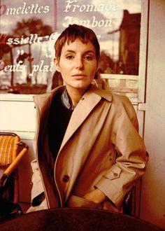 Die Fotografin Elfie Semotan im Interview Jenny Holzer, Kirsten Dunst, Brad Pitt, Hollywood Stars, Helmut Lang, Red Leather, Leather Jacket, Interview, Models