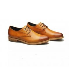 LDIOE- Italia Leather Shoes Shop shaded brown leather formal shoes for men at very affordable rates. Brown Formal Shoes, Formal Shoes For Men, Men's Shoes, Dress Shoes, Italian Leather Shoes, Luxury Shoes, Shoe Shop, Black And Brown, Brown Leather