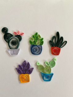 Loving my little paper quilled succulents! : succulents Paper Quilling Earrings, Paper Quilling Flowers, Paper Quilling Cards, Quilling Work, Paper Quilling Patterns, Origami And Quilling, Quilling Paper Craft, Paper Crafts Origami, Butterfly Crafts