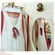 Les anges veillent sur les robes