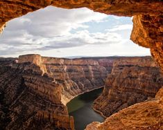 Beautiful and bigger than life, as natural attractions go, the Bighorn Canyon definitely belongs on everyone's bucket list. National Park Lodges, Yellowstone National Park, National Parks, Wyoming, Lake Havasu City, Vacation Spots, Vacation Ideas, Travel Photos, Trip Advisor