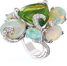 Ring Weißgold - Peridot - Australische Opale - Diamanten. Peridot AND Opal???? WOW