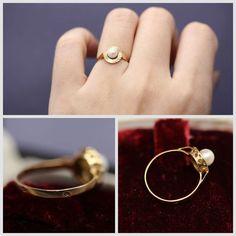18K 18 carat yellow gold ring set with an Akoya japanese pearl