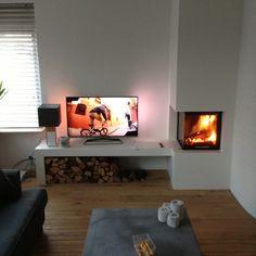 Een gezellig haardje Corner Gas Fireplace, Home Fireplace, Modern Fireplace, Living Room With Fireplace, New Living Room, Fireplace Design, Living Room Modern, Interior Design Living Room, Home And Living