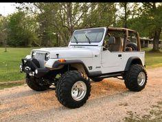 1999 Jeep Wrangler, Badass Jeep, Jeep Jl, Cool Jeeps, Jeep Gladiator, Gladiators, Jeep Life, Future Baby, Dream Cars