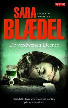 4/52 De verdwenen Deense van Sarra Blaedel is het eerste boek dat ik van deze schrijfster lees. Het blijkt het vierde boek over rechercheur Louise Rick te zijn. In deze Scandinavische thriller wordt een Deense vrouw in Engeland vermoord. In Denemarken is ze dan al 18 jaar vermist. Vervolgens komt de speurtocht op gang om te achterhalen waarom ze is vermoord en wat de reden was waarom ze zolang gelden bewust verdwenen is.