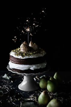 Pear, spices and pistachios cake with mascarpone, lemon cream
