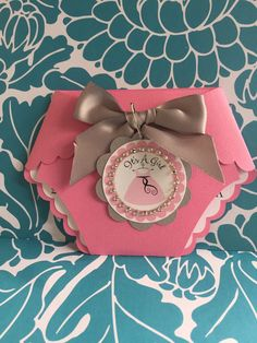 It's a Girls Baby Shower Diaper by PaperDivaInvitations on Etsy Baby Shower Cake Sayings, Baby Shower Signs, Boy Baby Shower Themes, Baby Shower Cookies, Baby Boy Shower, Baby Showers, Tarjetas Baby Shower Niña, Invitaciones Baby Shower Niña, Moldes Para Baby Shower