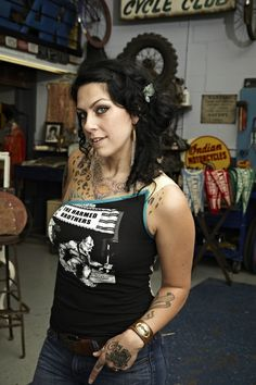 best is danielle dating mike on american pickers married